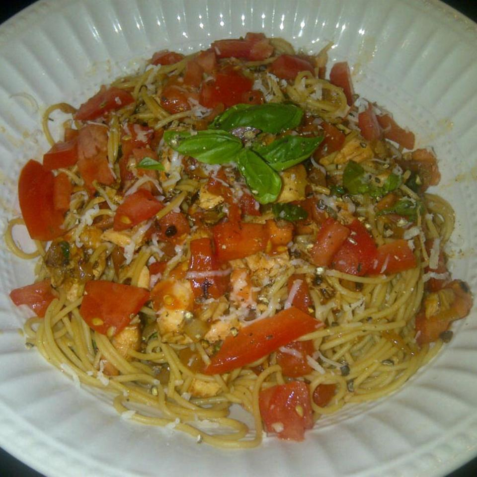 Salmon Pasta Pomodoro nhEAT