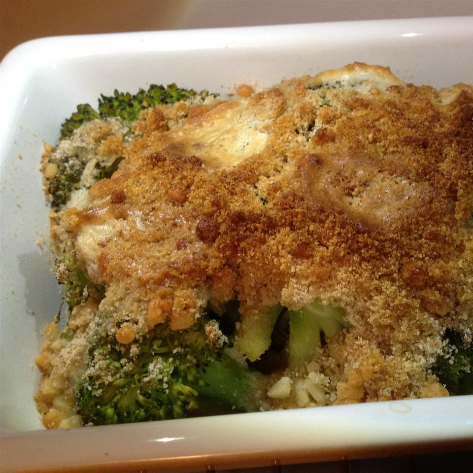 Broccoli with Buttery Crumbs BigShotsMom