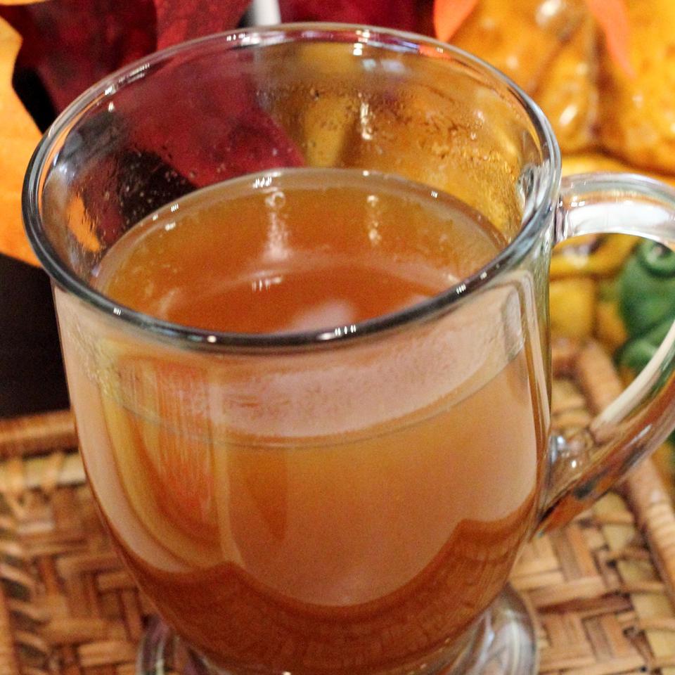 Hot Spiced Tea for the Holidays
