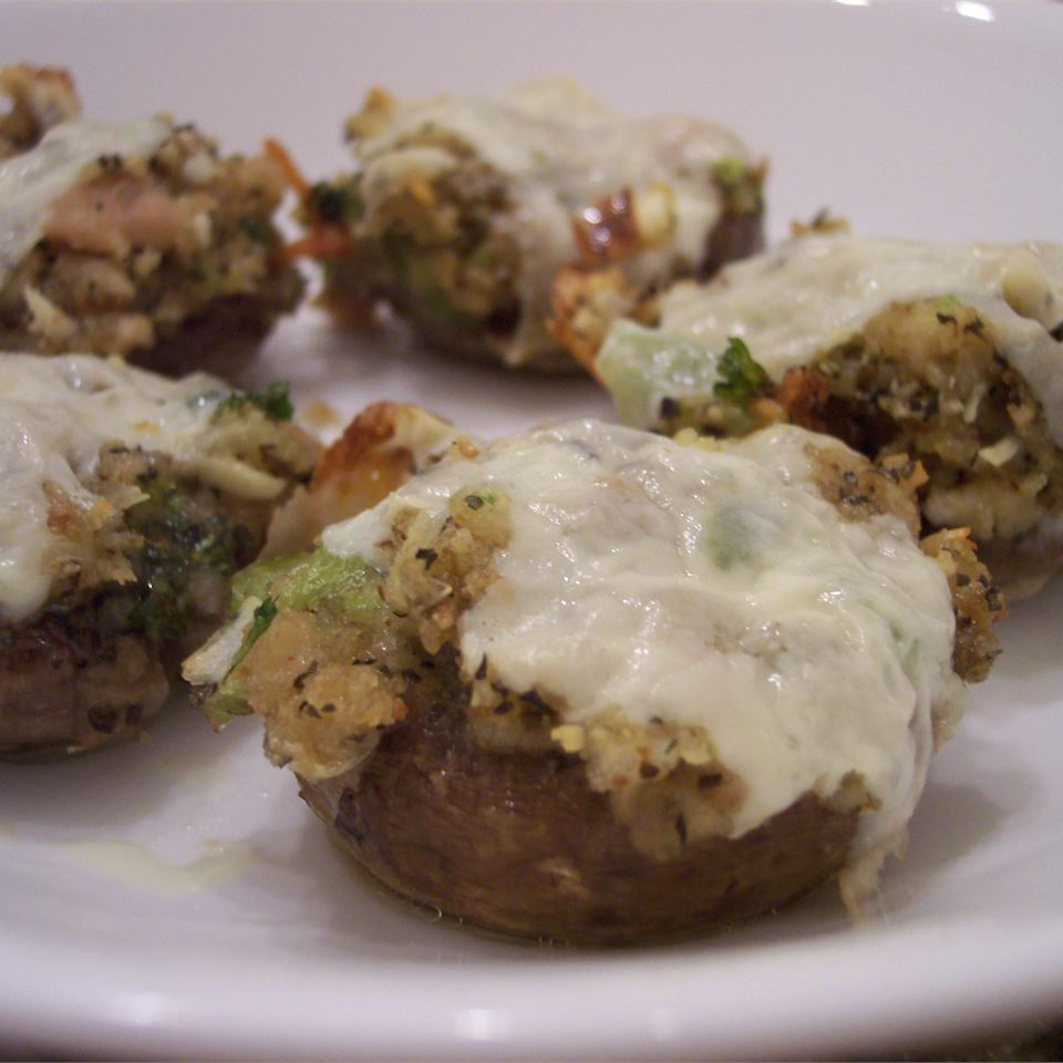 Dinah's Stuffed Mushrooms DEBNJAMES