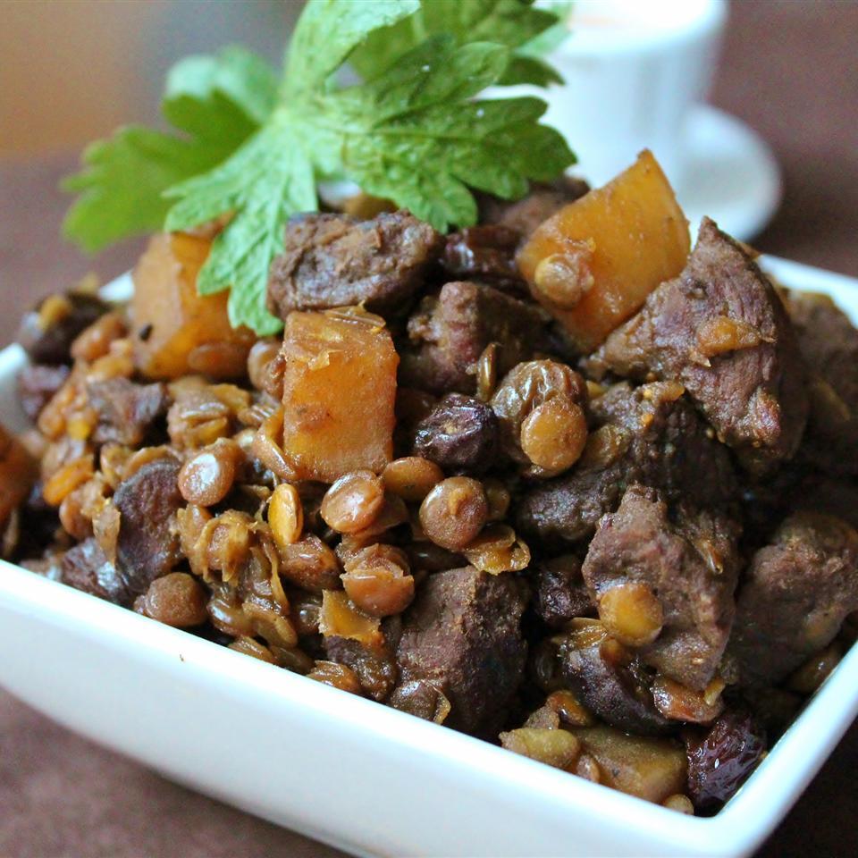 Mawmenye (Lentils and Beef Stew)