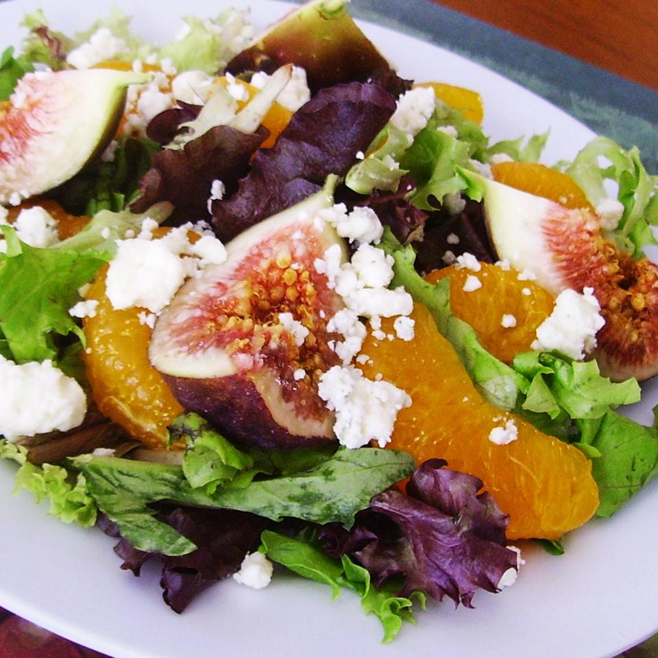 Orange, Fig, and Gorgonzola Salad