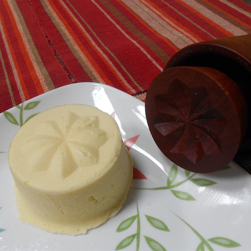 Homemade Butter Loves2Cook