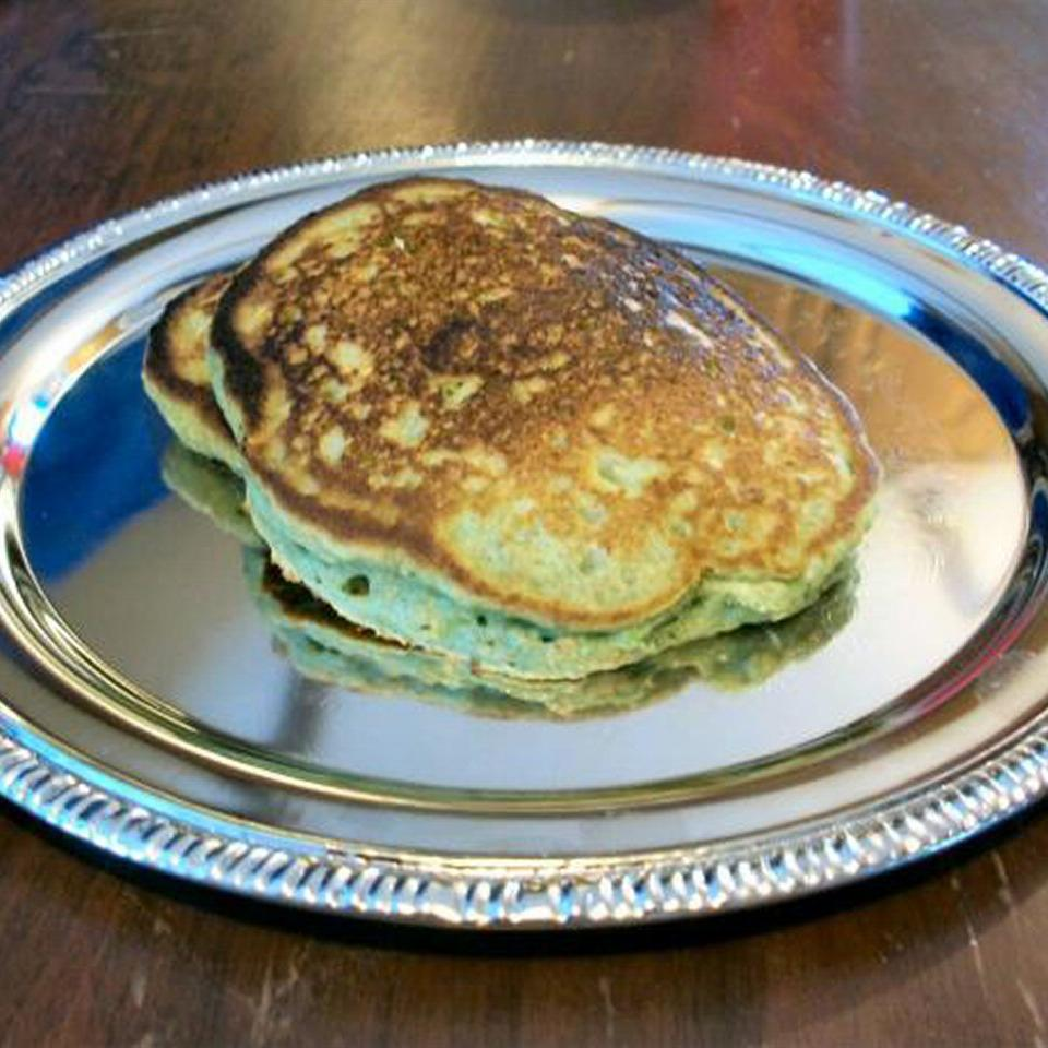 Green Oat Pancakes for St. Patrick's Day