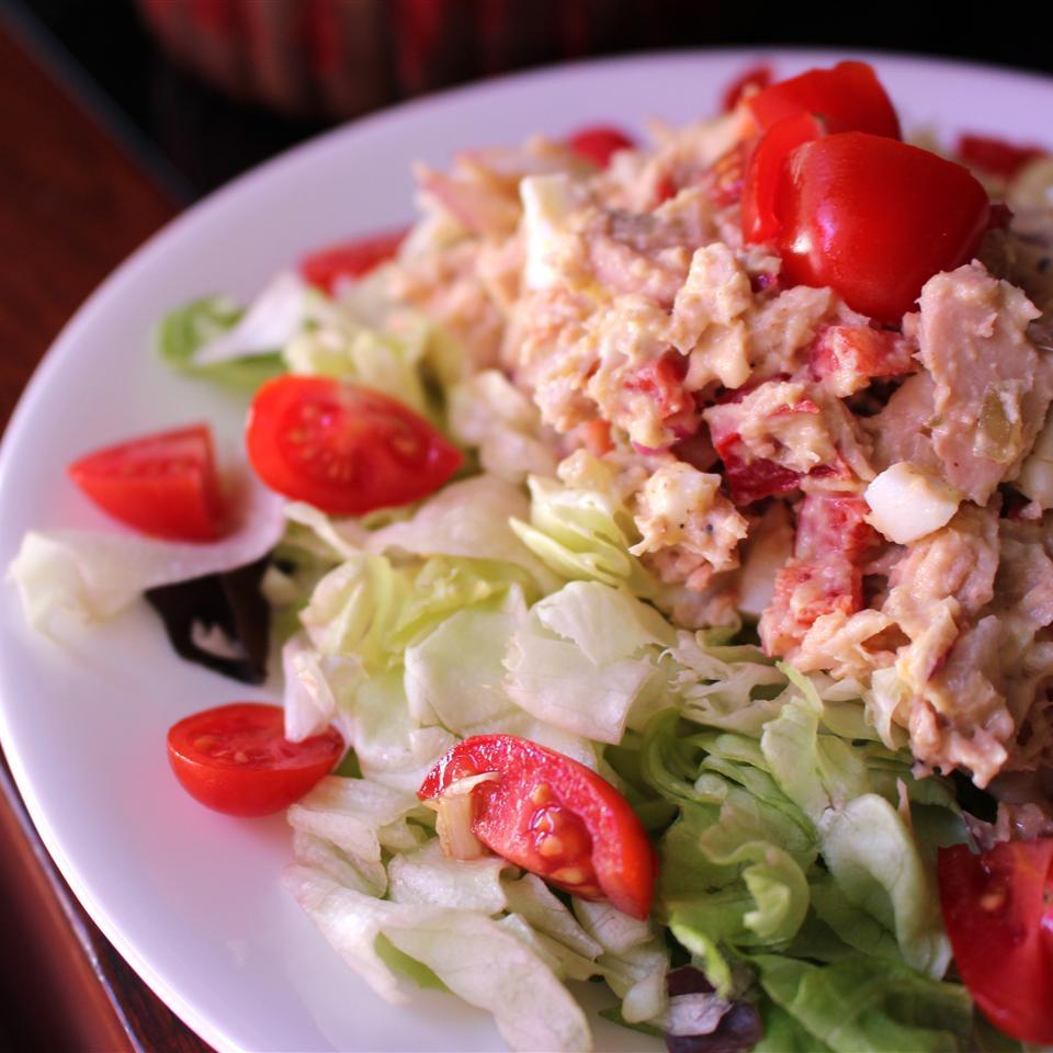 Mayo-Free Hummus Tuna Salad