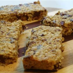 Chewy Chocolate Chip Granola Bars tabicakes