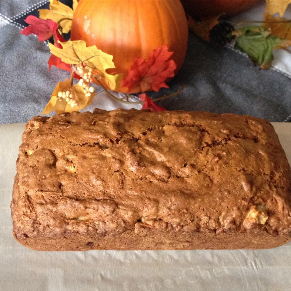 Apple Breakfast Bread Hwalk