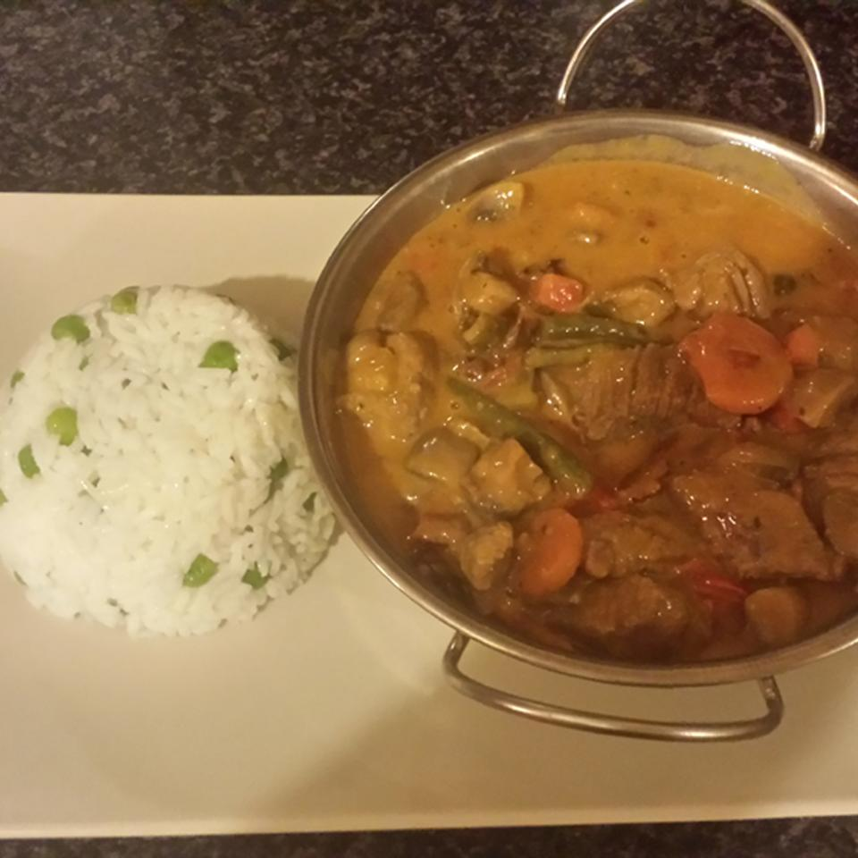 Bison Red Curry