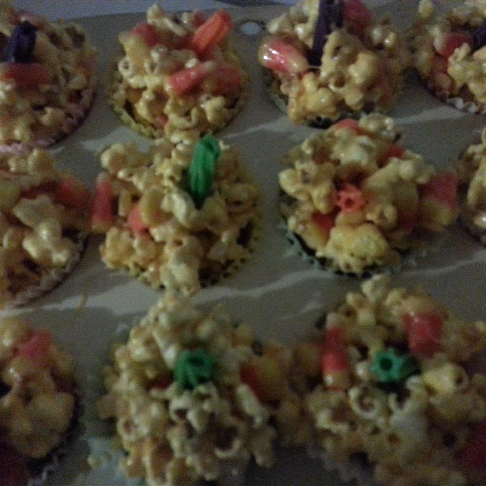 Halloween Popcorn Pumpkins