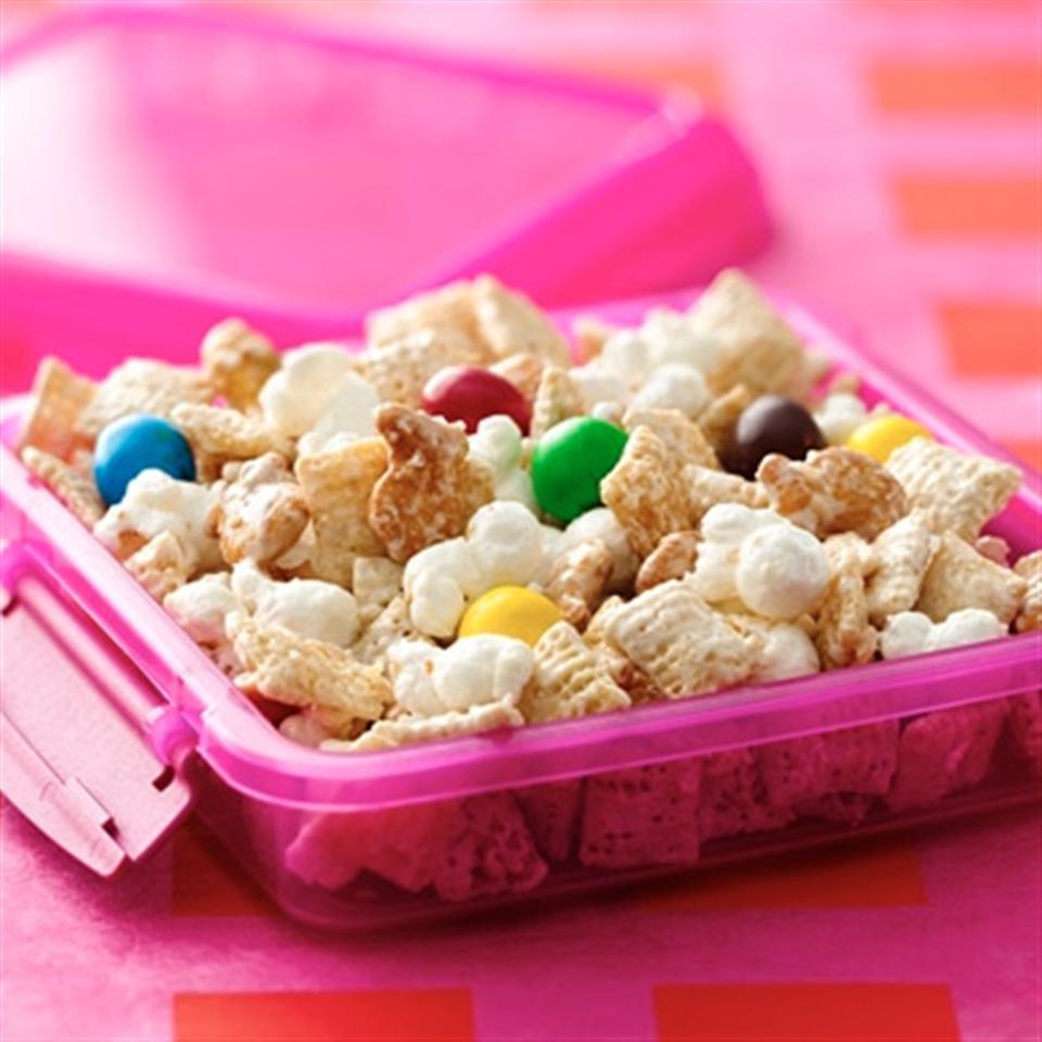 Chex® Popcorn-Pretzel Chunk Trusted Brands