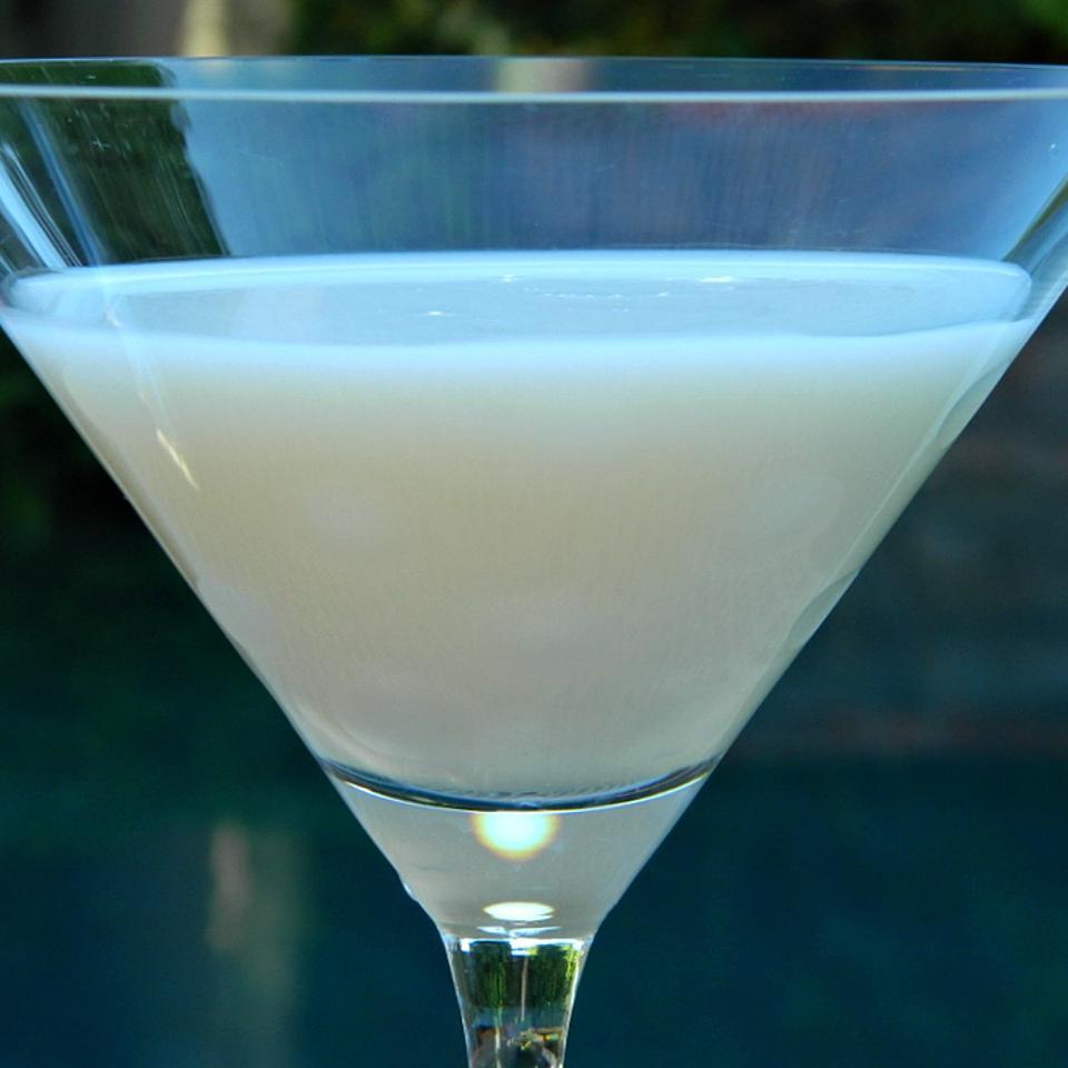 Creamy Hazelnut Martini Marianne