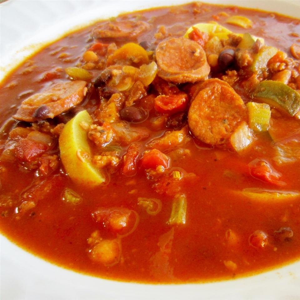 Spicy Sausage and Red Pepper Soup pelicangal