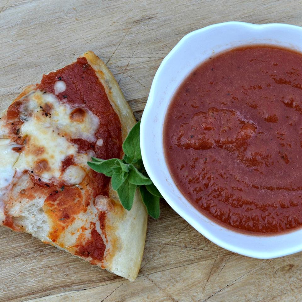 Joyce's Simple Pizza Sauce