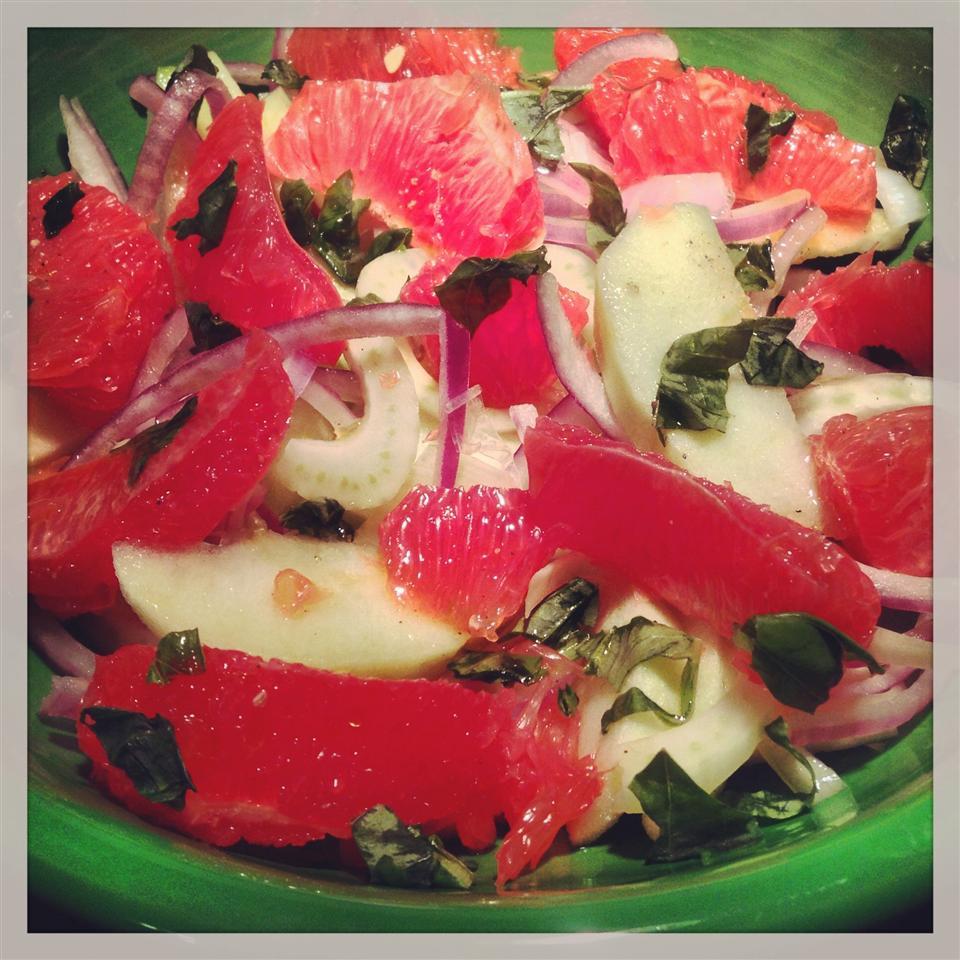Fennel, Grapefruit, and Apple Salad