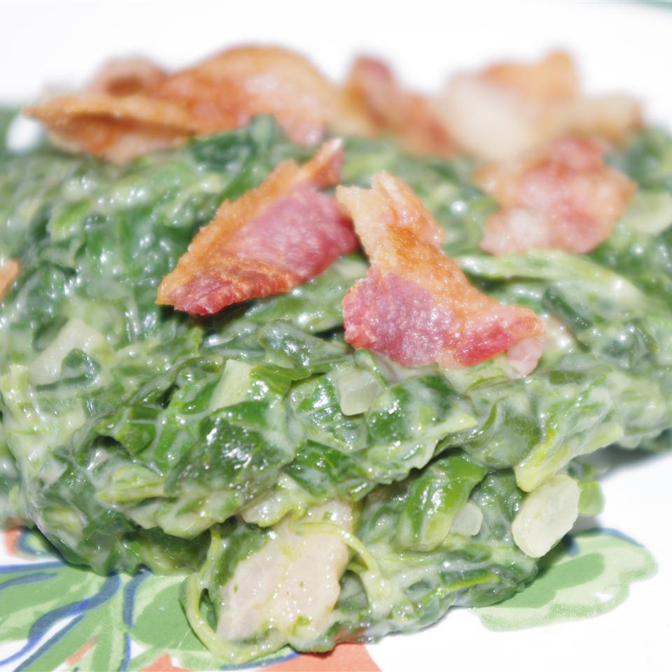 Creamed Spinach with Onions and Bacon Holly21602