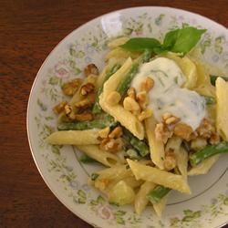 Pesto Pasta with Green Beans and Potatoes gapch1026
