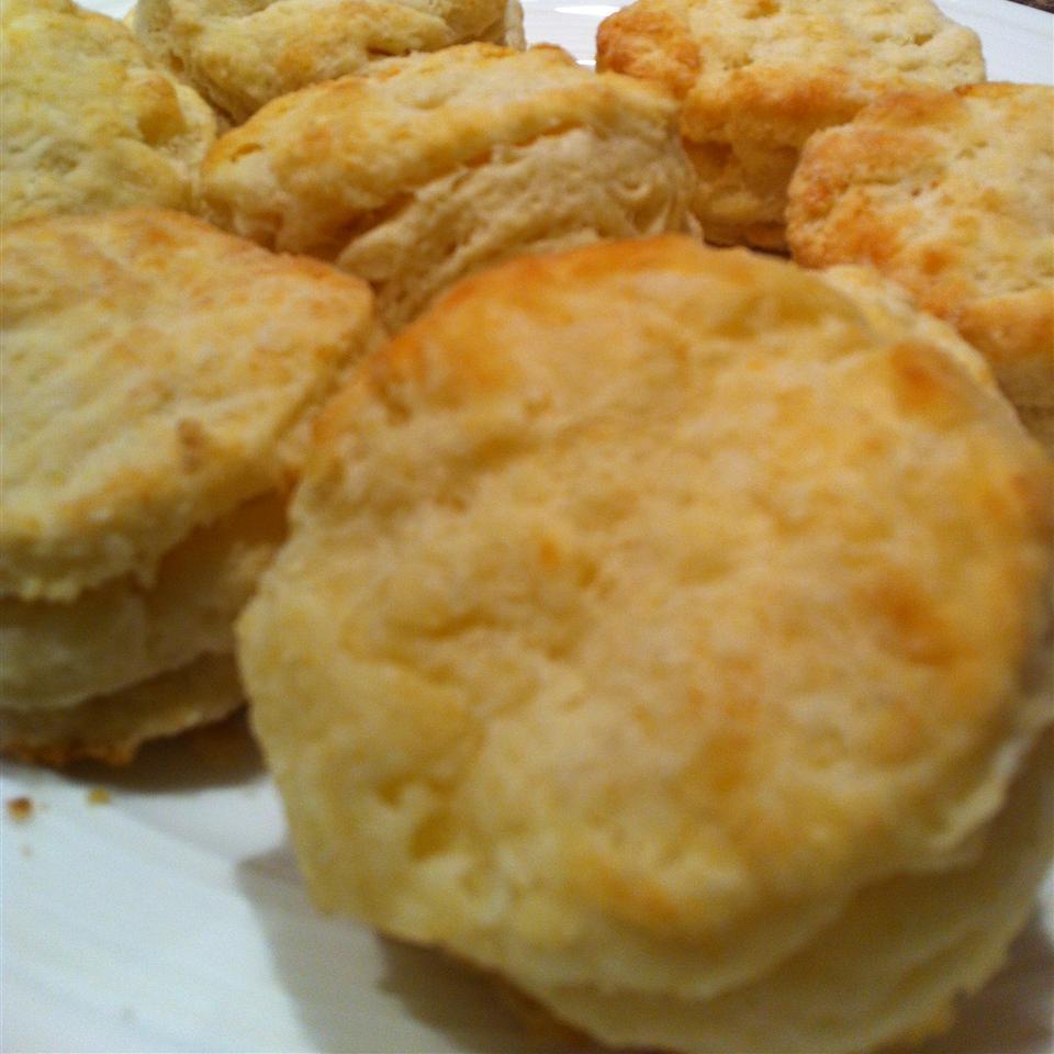 Baking Powder Biscuits I Leslina21