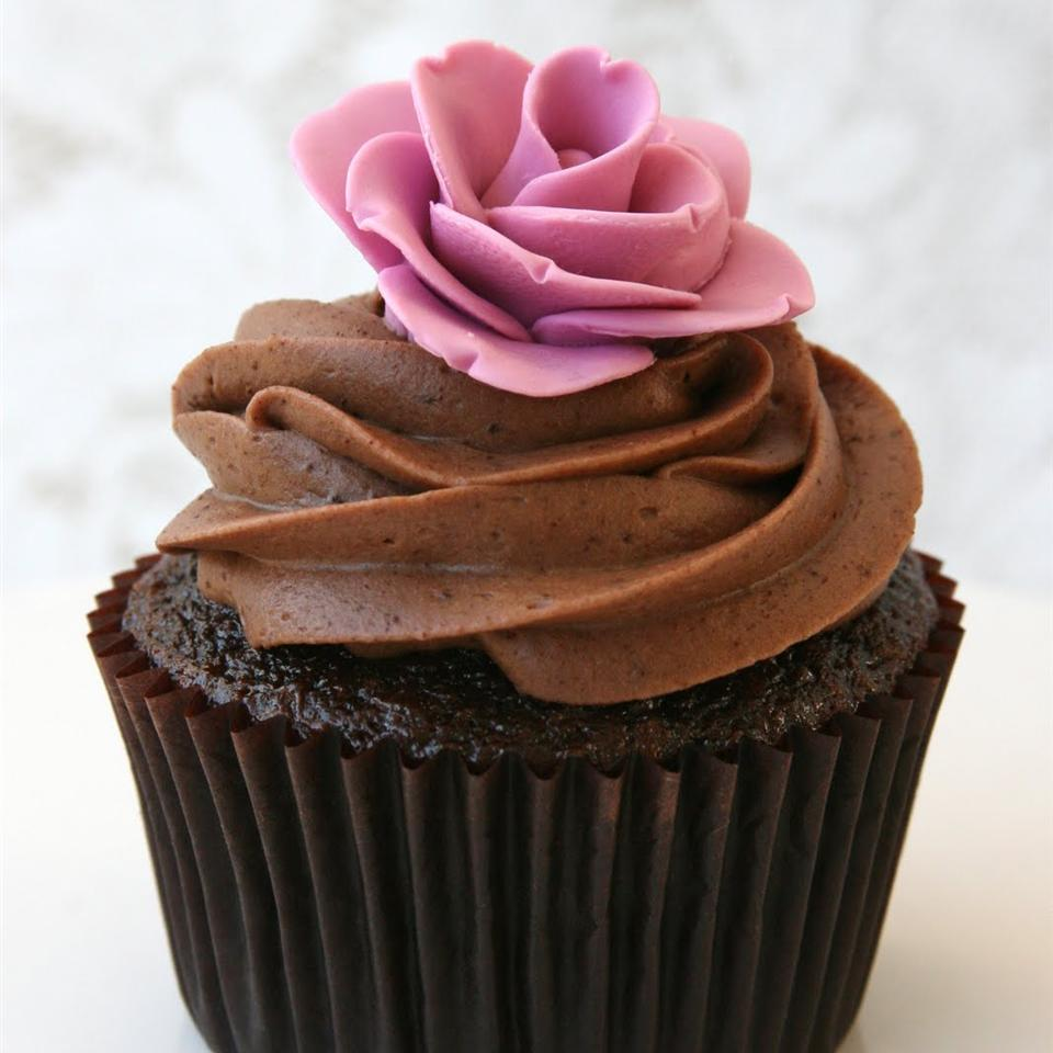 The Best Chocolate Cupcakes Ever! Samtro91