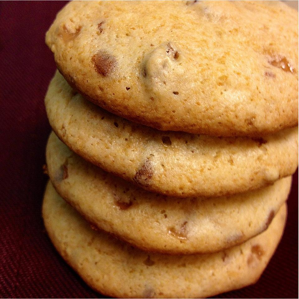 Toffee Brickle Cookies MattOlay V-H