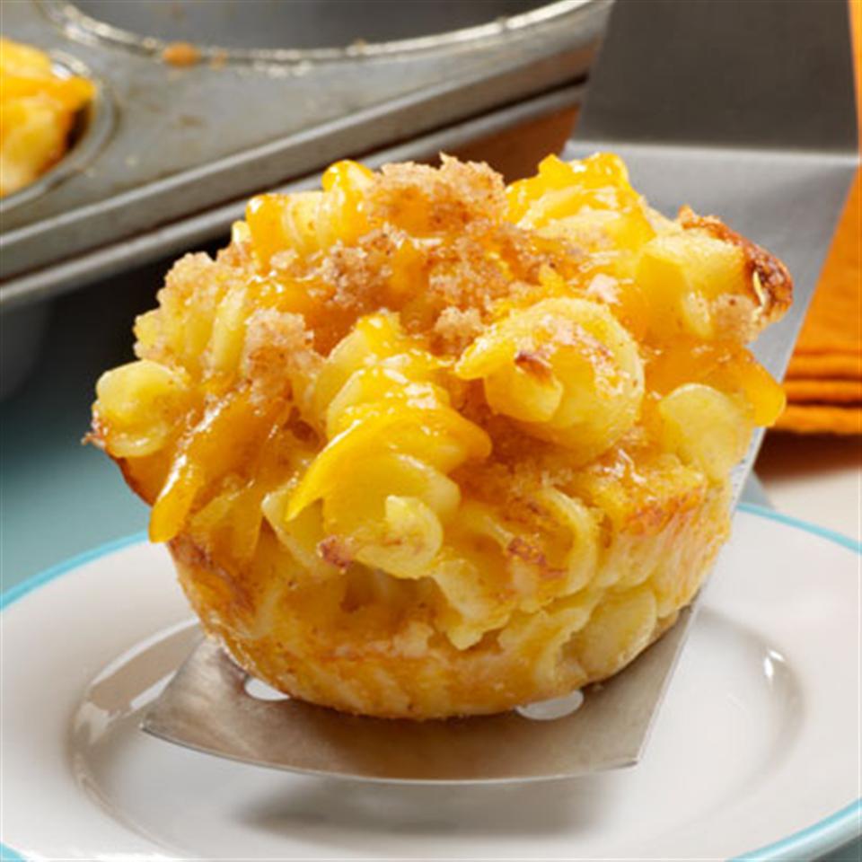 Mini Macaroni and Cheese Cups