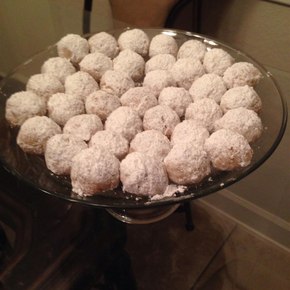 Mexican Pecan Cookies Eleany
