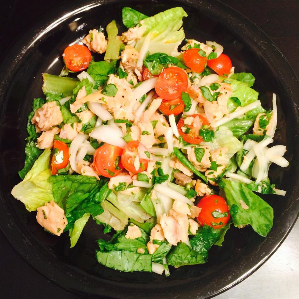 Thai Salmon Salad Mike