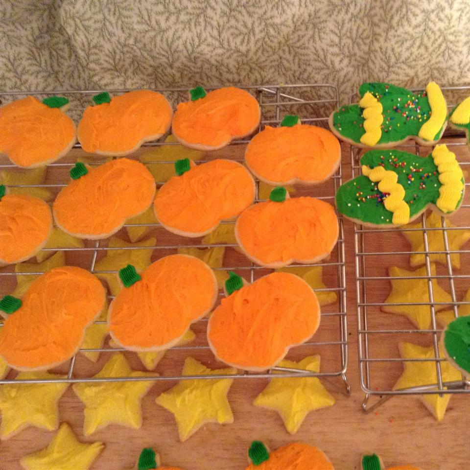 Old Fashioned Butter Cookies with Butter Frosting