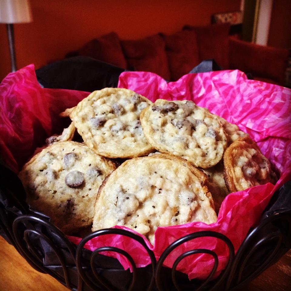 Granola-Chocolate Cookies k. anderson