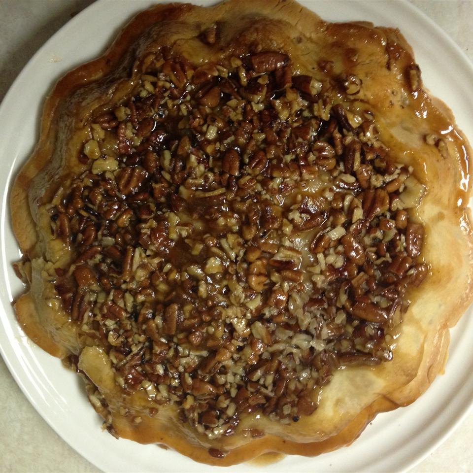 Upside-Down Apple Pecan Pie Amy