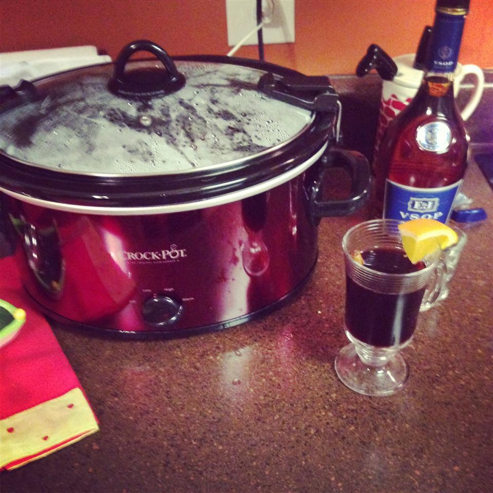 Hot Spiced Christmas Wine Amber Schreiner