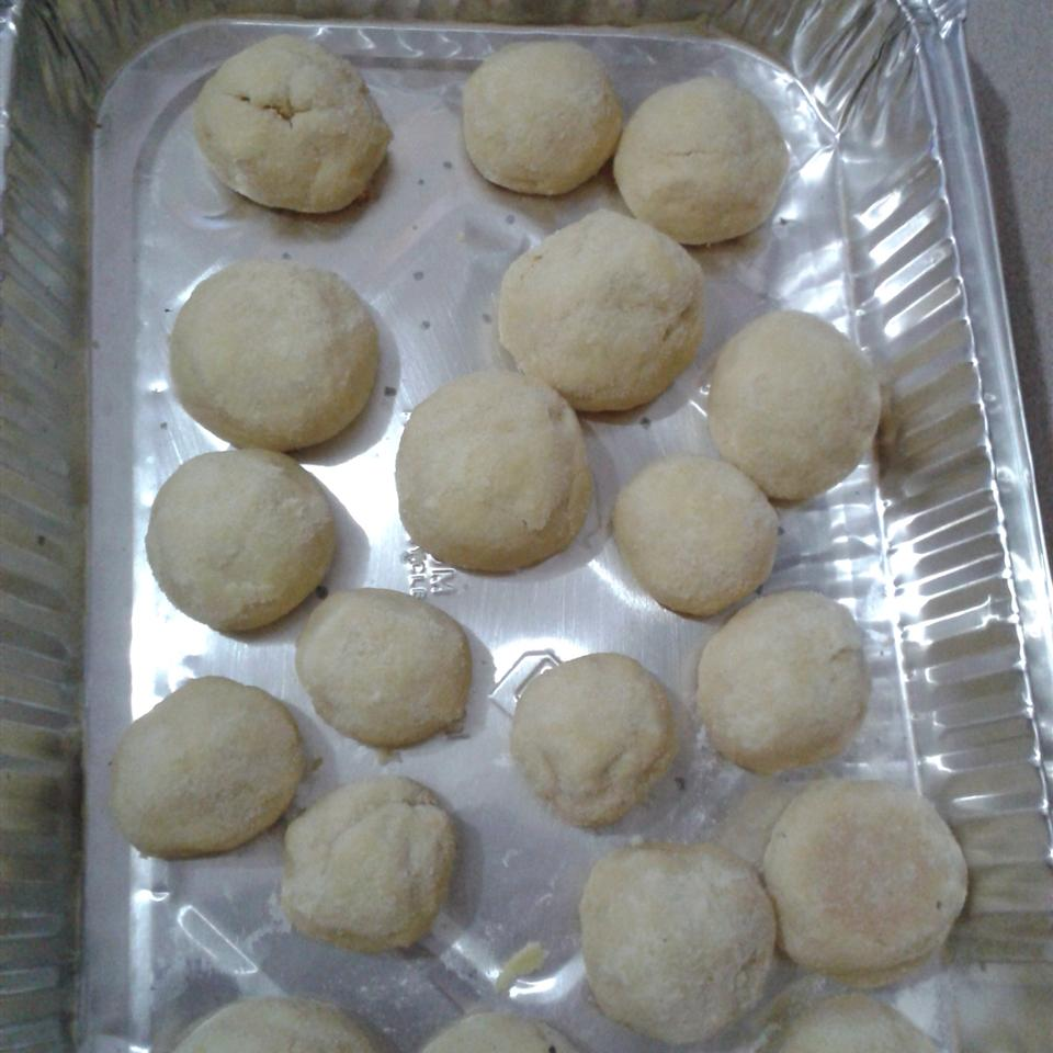 Amaretto Butter Balls Nnelson09