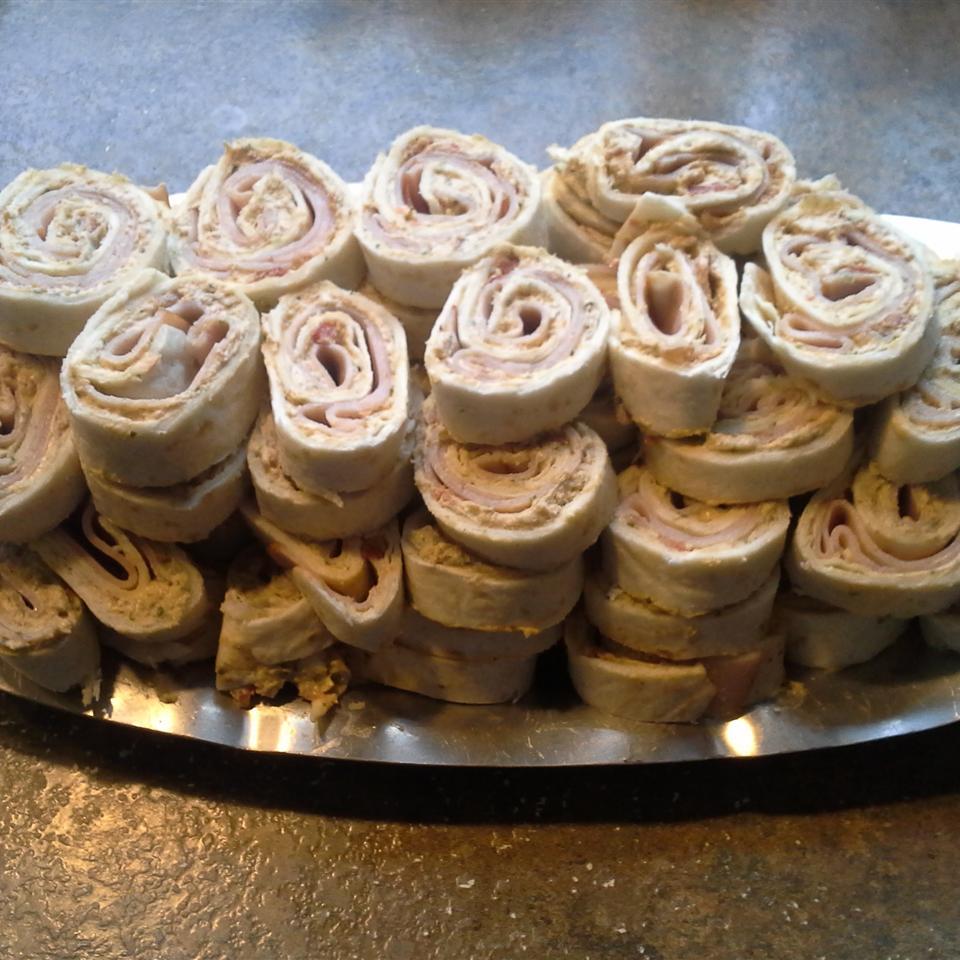 Zesty Tortilla Roll Ups RachelB