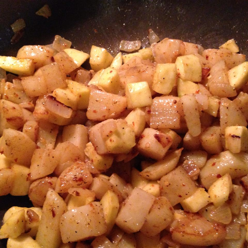 Fried Yellow Squash with Potatoes and Onions amndchr2