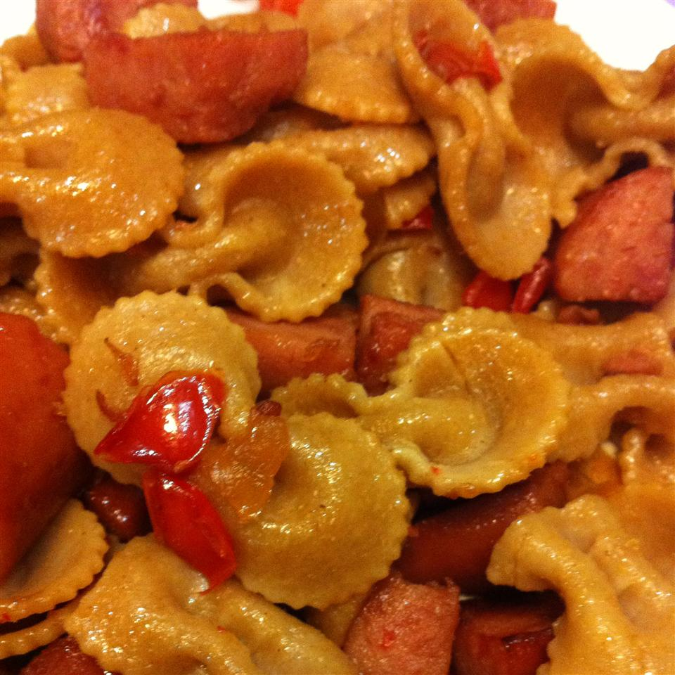 Bow Tie Pasta with Sausage and Sweet Peppers coley67