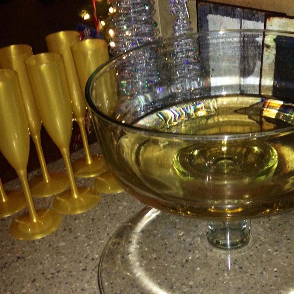 Non-Alcoholic Champagne FrackFamily5 CA—>CT