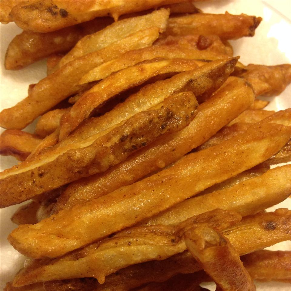 Homemade Crispy Seasoned French Fries welchertwifey
