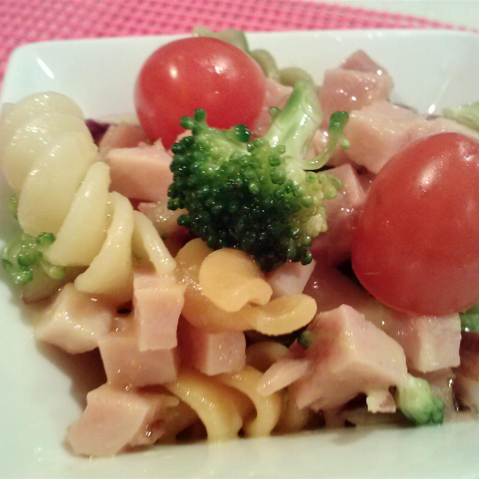 Ham Skroodle Salad