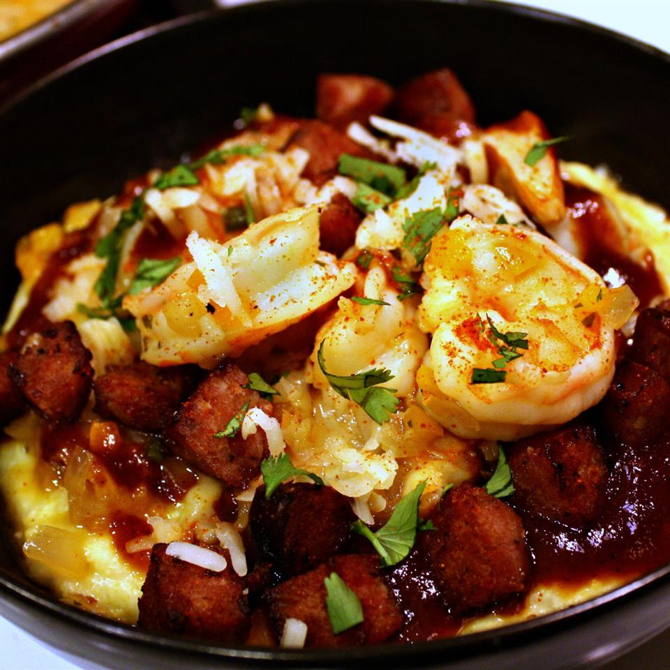 Shrimp and Grits With Kielbasa