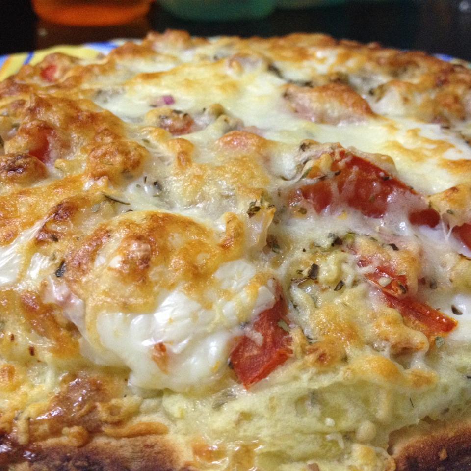 Cheesy Breakfast Pizza