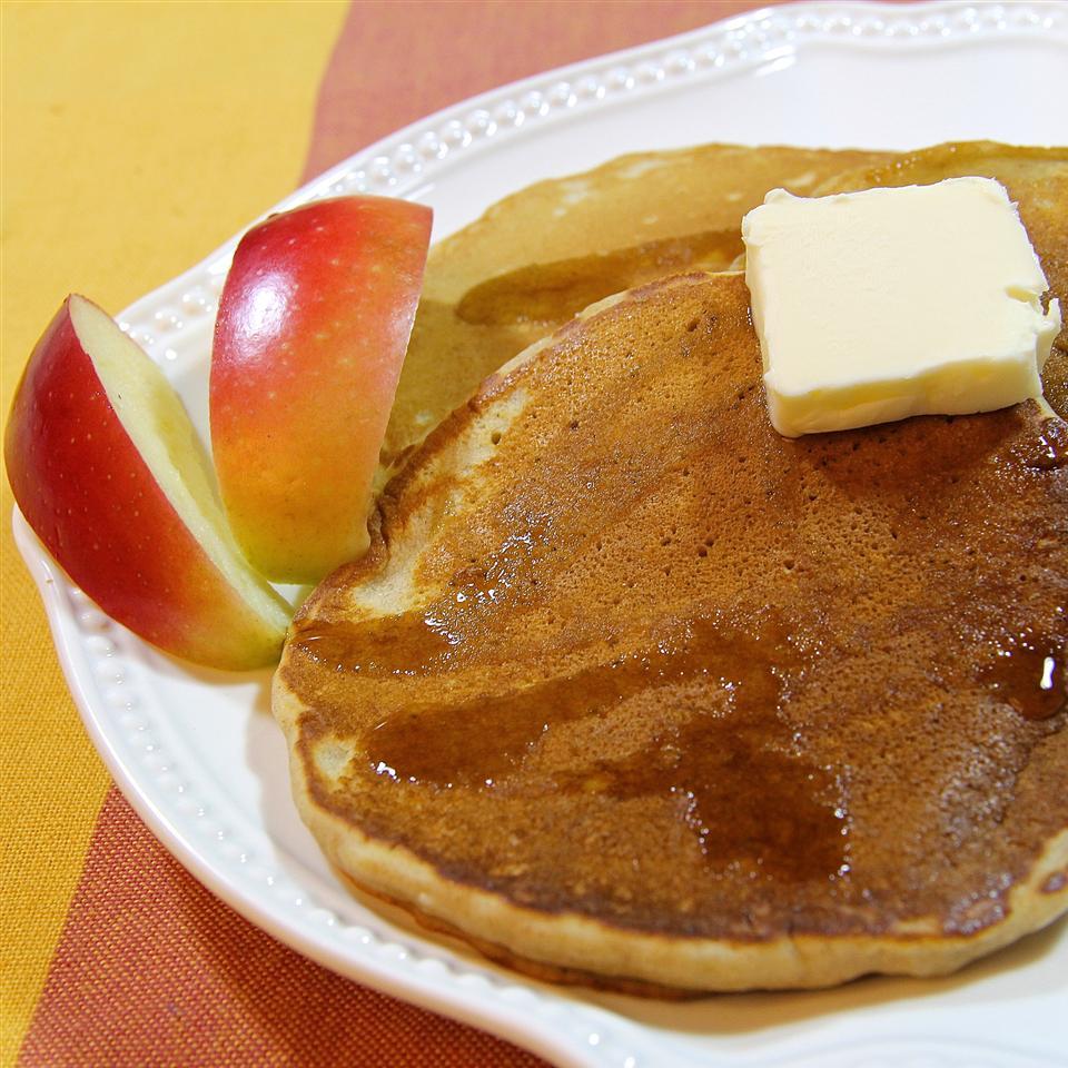 Yummy Apple Cider Pancakes