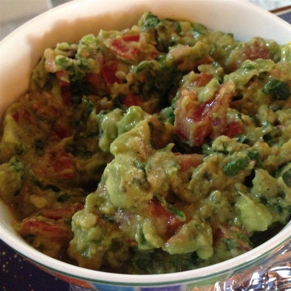 Traditional Mexican Guacamole STEPONMYKNEE
