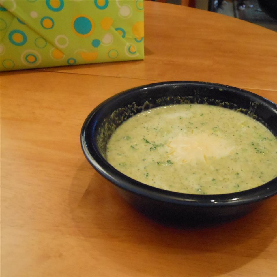 Low Fat Full Flavor Cream of Broccoli Soup SSwisher