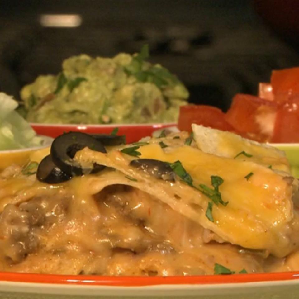 Slow Cooker Enchiladas