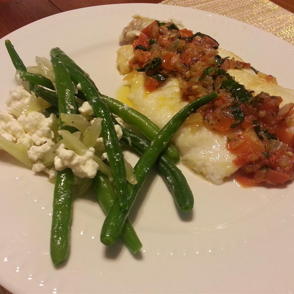 Fresh Green Beans, Fennel, and Feta Cheese