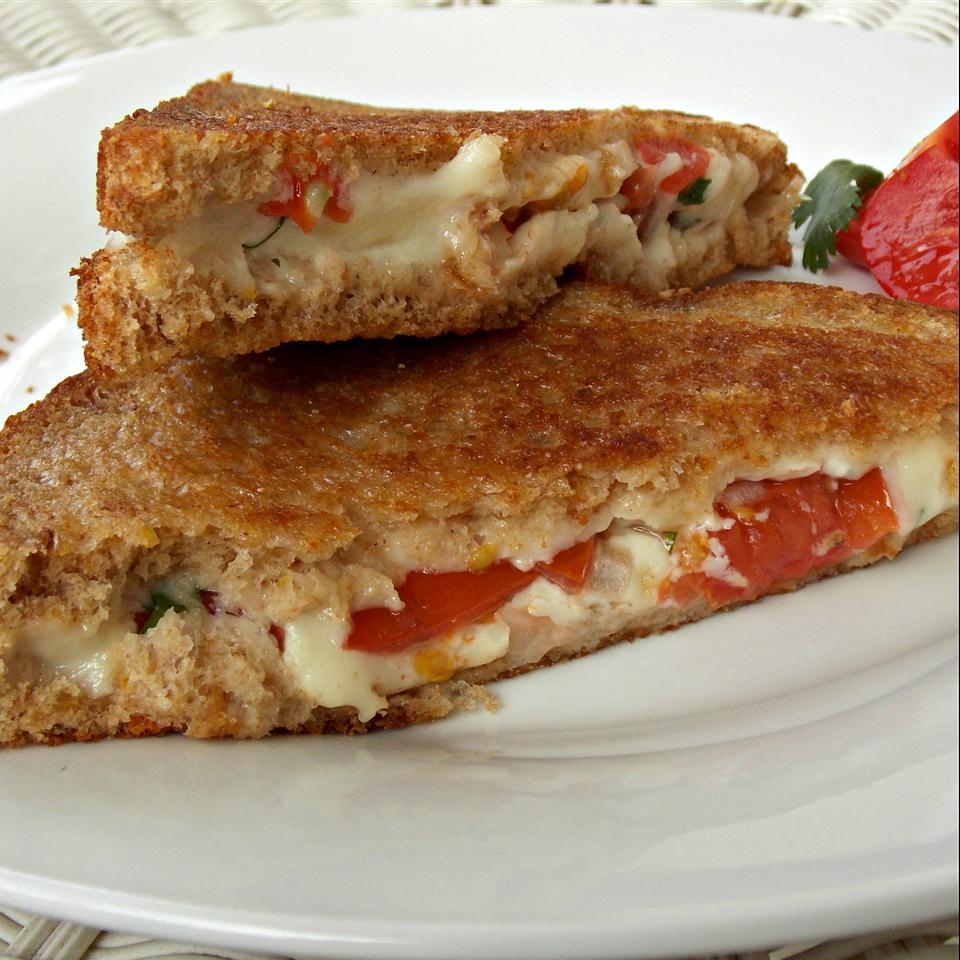 Pico De Gallo Grilled Cheese Sandwich