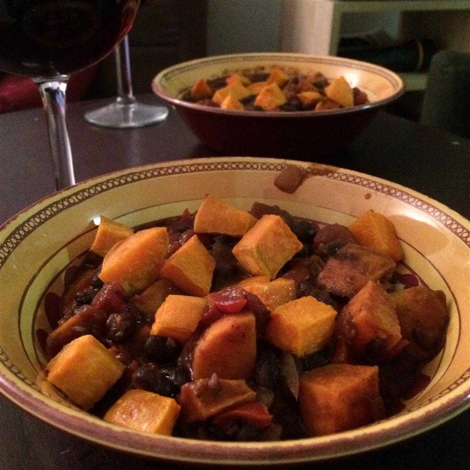 Sweet Potato and Black Bean Chili Mate