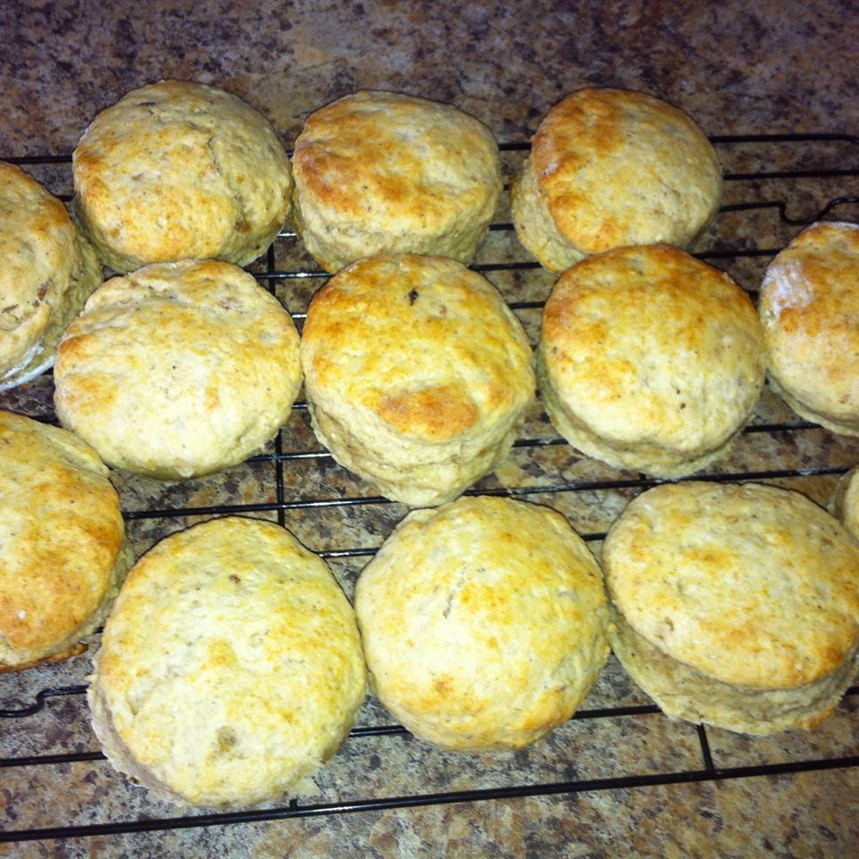 Tender Potato Biscuits Eric-lisa Pellerin-jodoin
