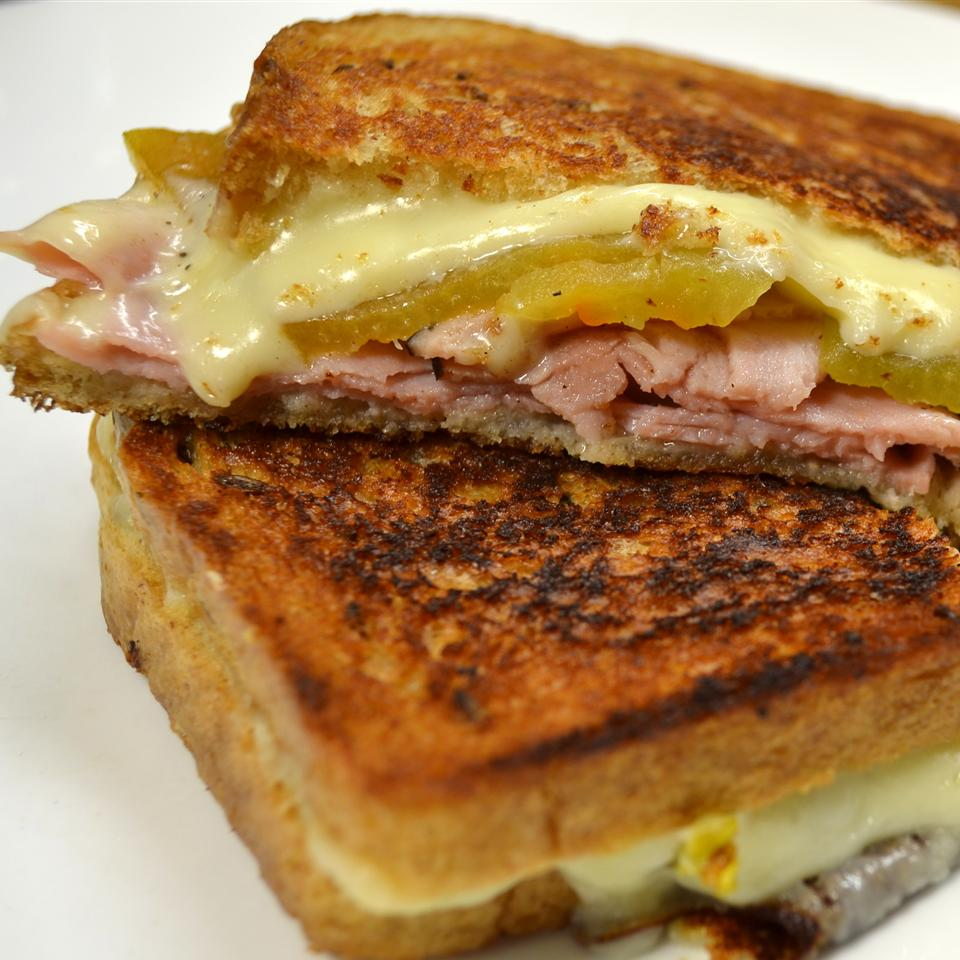 Spicy Ham and Grilled Cheese Sandwich *Sherri*