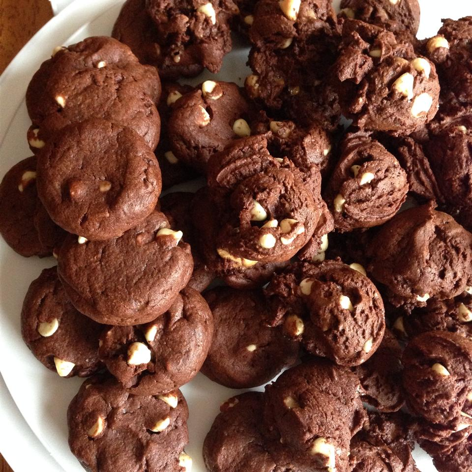 White Chip Chocolate Cookies Silviya Arsova