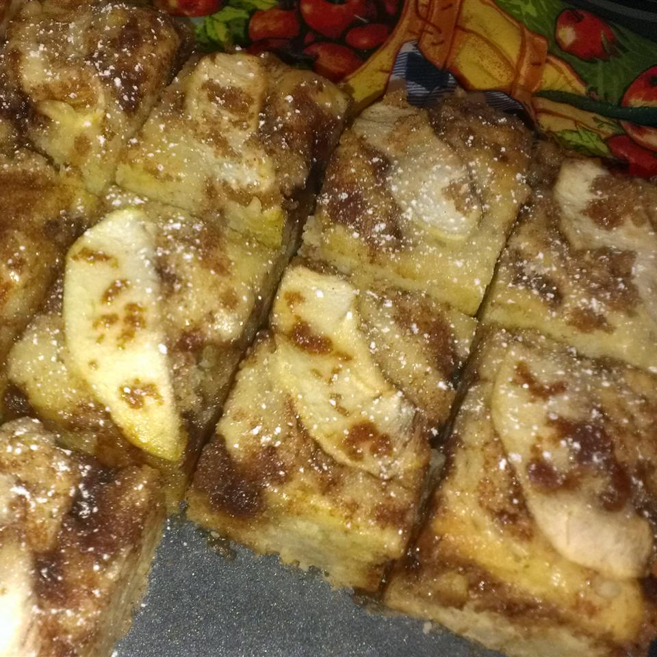 Streusel Apple Coffeecake StickySue